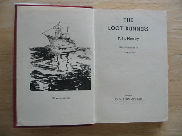 Photo of THE LOOT RUNNERS- Stock Number: 674914