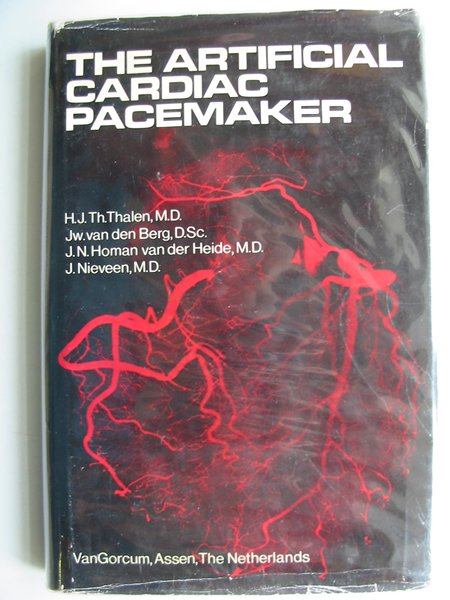Photo of THE ARTIFICIAL CARDIAC PACEMAKER written by Thalen, H.J.th.