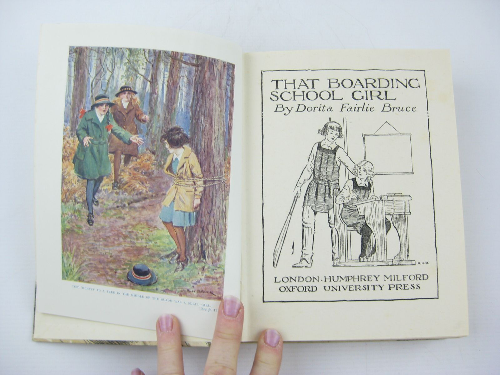 Photo of THAT BOARDING-SCHOOL GIRL written by Bruce, Dorita Fairlie illustrated by Brock, R.H. published by Oxford University Press, Humphrey Milford (STOCK CODE: 730325)  for sale by Stella & Rose's Books