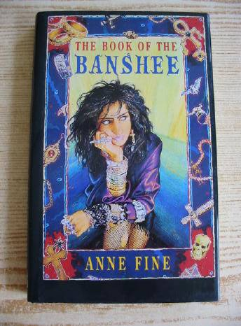 Photo of THE BOOK OF THE BANSHEE written by Fine, Anne published by Hamish Hamilton (STOCK CODE: 730790)  for sale by Stella & Rose's Books