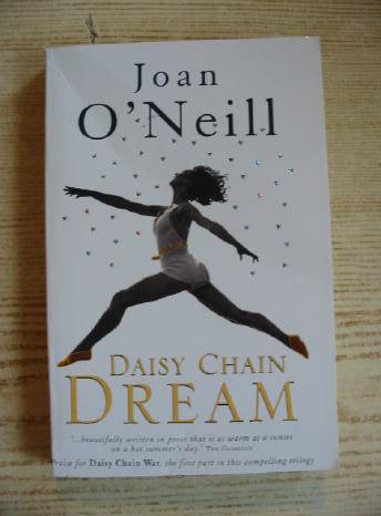 Photo of DAISY CHAIN DREAM written by O'Neill, Joan published by Hodder Children's Books (STOCK CODE: 730928)  for sale by Stella & Rose's Books
