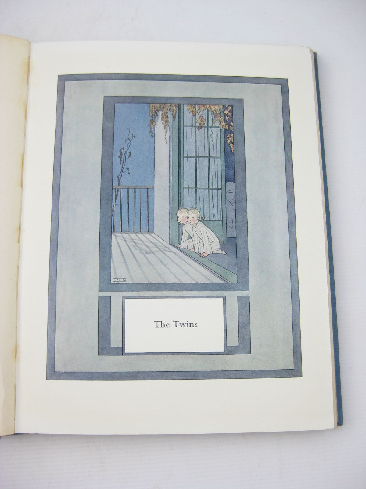 Photo of A GALLERY OF CHILDREN written by Milne, A.A. illustrated by Willebeek Le Mair, Henriette published by Stanley Paul & Co. Ltd. (STOCK CODE: 731268)  for sale by Stella & Rose's Books