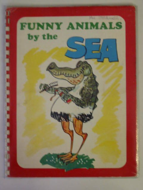 Photo of FUNNY ANIMALS BY THE SEA- Stock Number: 800084