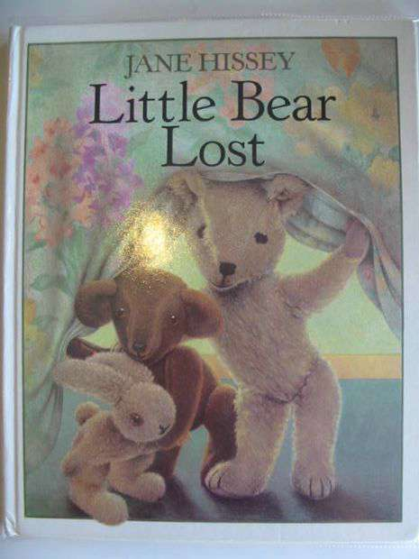 Photo of LITTLE BEAR LOST written by Hissey, Jane illustrated by Hissey, Jane published by Guild Publishing (STOCK CODE: 803275)  for sale by Stella & Rose's Books