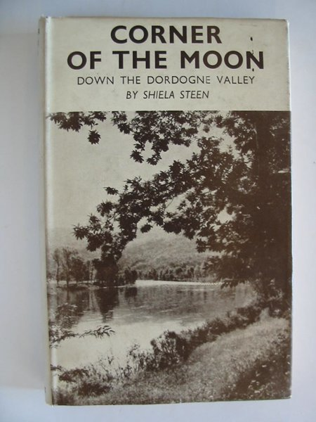 Photo of CORNER OF THE MOON- Stock Number: 806645